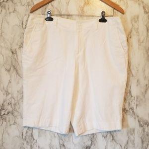 Liz Claiborne| Bermuda shorts